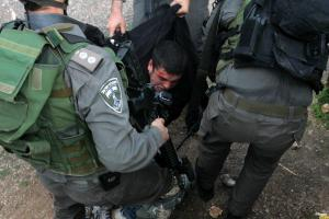 palestinian-youth-arrested-by-israeli-soldiers